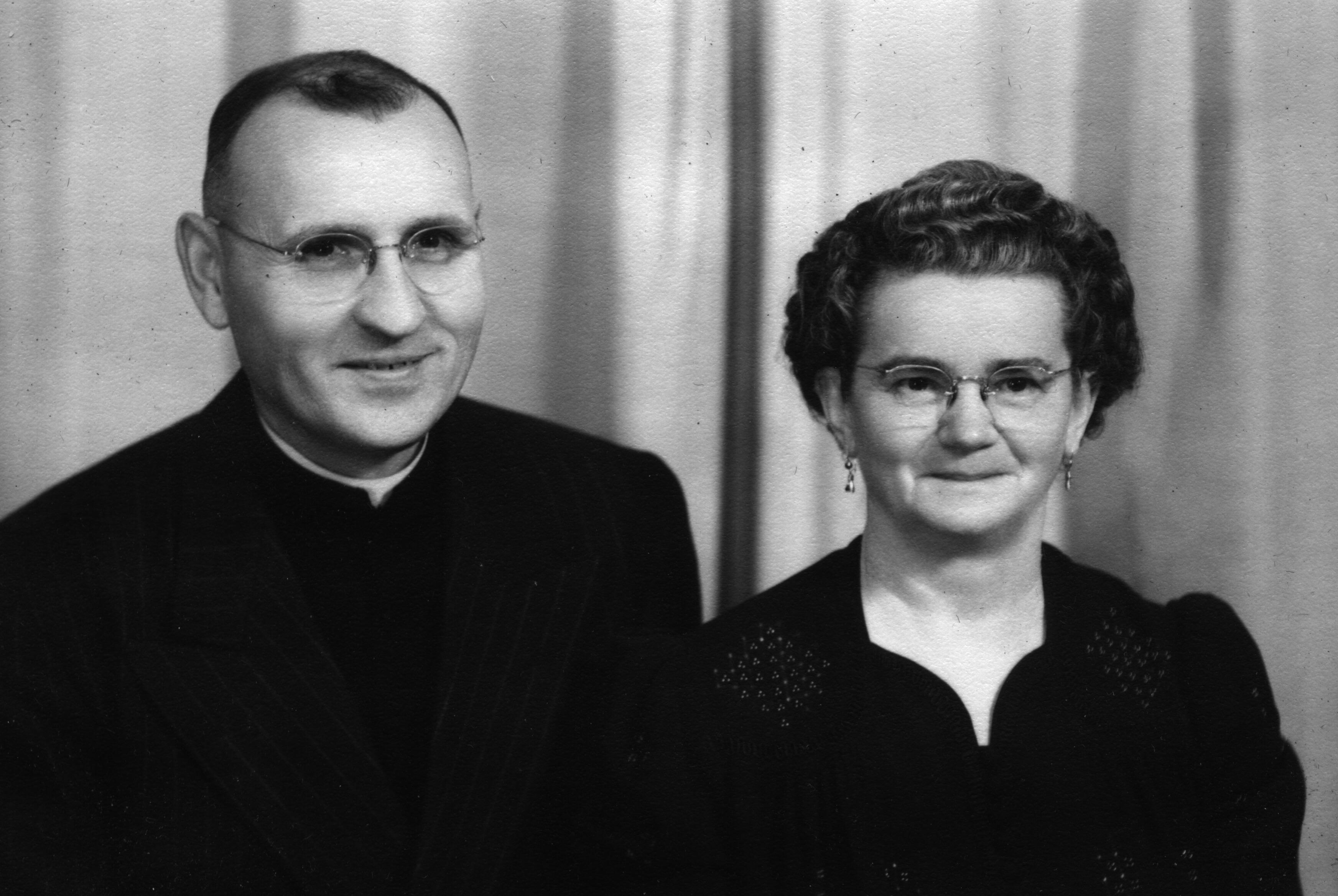 John and Marie Hodge (1947)